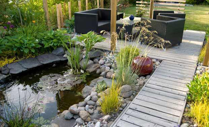Creating Your Garden Design With Right Type Of Stone