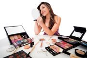 BEAUTY PRODUCTS WOMEN MUST HAVE FOR THIS MONSOON SEASON