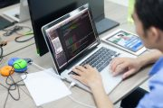Web Developer Bio: 10 Things to Know About to Craft the Best One